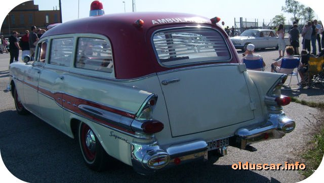 1957 Pontiac [Star Chief Convertible Coupe] Ambulance 5d Superior Coach Company back